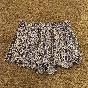 4 pairs of flowy shorts